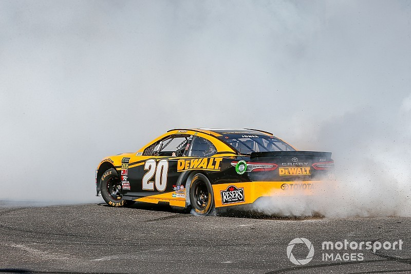 NASCAR Cup Las Vegas starting lineup in pictures