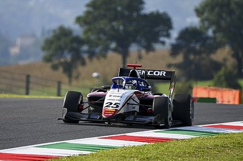 Белов стал шестым на тестах Ф3 в Барселоне