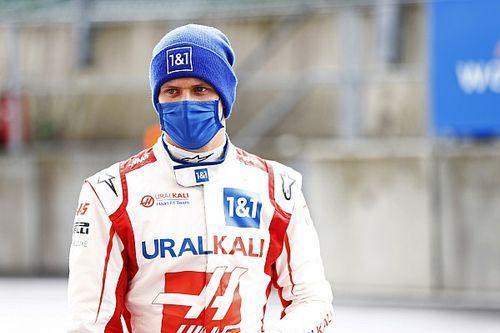 Ferrari, Mick'in Haas'ta kalmasını istiyor