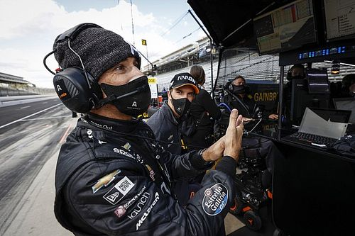 Indy: McLaren dispensará Askew e Castroneves pode ser candidato à vaga; entenda