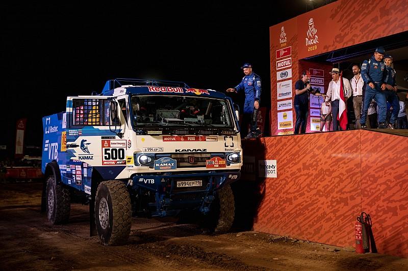 Дакар-2019, етап 1: Ніколаєв на КамАЗ випередив тріо IVECO