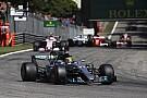В Mercedes заверили, что их клиенты не жаловались в FIA