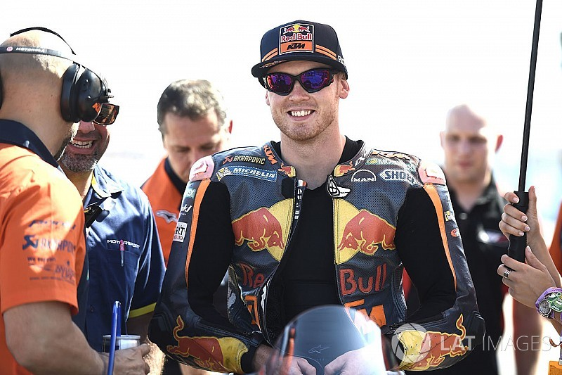 """Smith: KTM 2018 announcement solves """"awkward situation"""""""