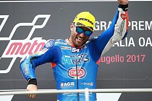 Moto2 Raceverslag Veteraan Pasini boekt op Mugello zijn eerste zege in de Moto2