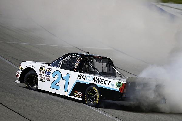 NASCAR Truck Relato da corrida Sauter vence em Chicago; Rhodes consegue vaga no desempate