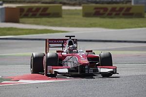 FIA F2 Gara Leclerc resiste a Ghiotto e centra il secondo successo in Gara 1 a Barcellona