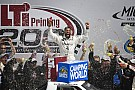 NASCAR Truck Reestreando na Truck, Wallace vence prova emocionante