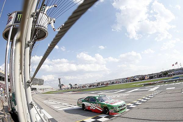 NASCAR XFINITY Crónica de Carrera Harvick ganó en Atlanta la Xfinity Series con tranquilidad