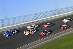 Monster Energy NASCAR Cup Toplijst In beeld: de mooiste foto's uit de Daytona 500