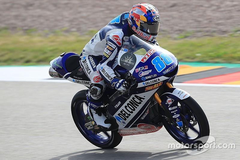 Martín logra su quinta victoria y consolida el liderato de Moto3