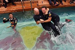 Képeken Ricciardo óriási medencés partija a Monacói Nagydíjon