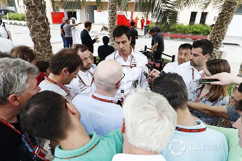 F1チーム、リバティの計画の詳細を黙秘「数カ月内密に議論を行う」