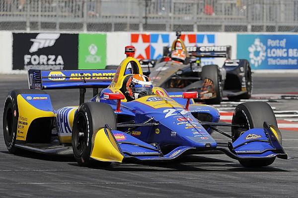 Rossi lideró la segunda práctica en Long Beach y Chaves en 24°