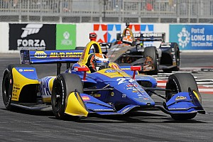 IndyCar Crónica de entrenamientos Rossi lideró la segunda práctica en Long Beach y Chaves en 24°