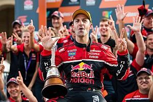 Supercars Rennbericht Verrücktes Supercars-Finale: Jamie Whincup zum siebten Mal Meister