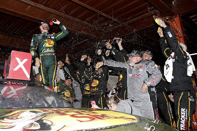 Austin Dillon, Michigan'daki Xfinity yarışında zafere ulaştı