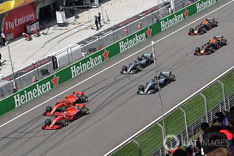 Raikkonen estuvo muy cerca de chocar con Vettel en la salida