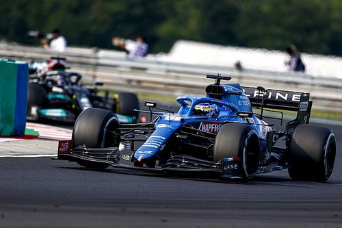 """Alonso """"incredible"""" in F1 defence against Hamilton - Alpine"""