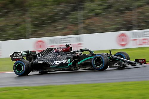 Hamilton: Mercedes heeft zwakke plek lange wielbasis verholpen