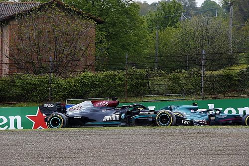 Hamilton: Rushing to pass lapped traffic triggered off at Emilia Romagna GP
