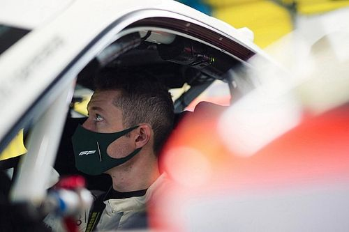 Carrera Cup Italia, è firmato AB Racing l'esordio di Fenici