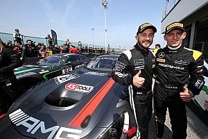 Blancpain Sprint Репортаж з гонки BSS на Нюрбургринзі: Бук і Перера виграли кваліфікаційну гонку