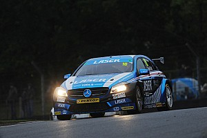 BTCC Breaking news Moffat stays with Laser Tools for fifth BTCC season