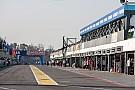 فورمولا 1 تشارلي وايتينغ مدير السباقات في الفورمولا واحد يتفقد حلبة بوينس آيرس