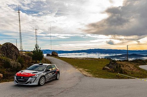 Probamos el Peugeot 208 Rally 4, el nuevo coche de carreras de la marca