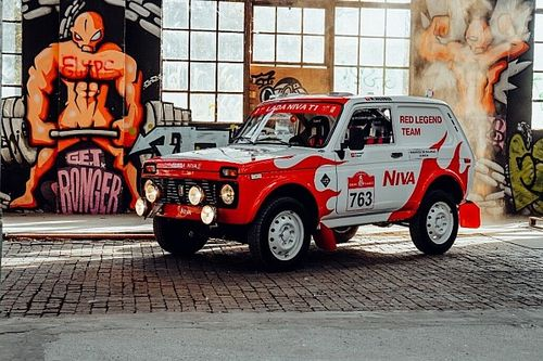 Швейцарцы показали «Ниву» 1984 года для Дакара