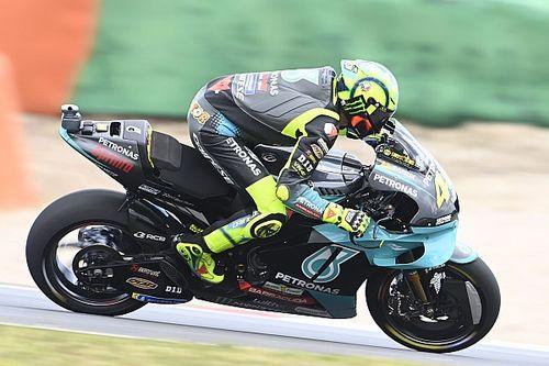 Rossi: lo estoy probando todo y no voy rápido