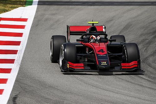 Barcelona F2: Ilott stretches points lead with pole