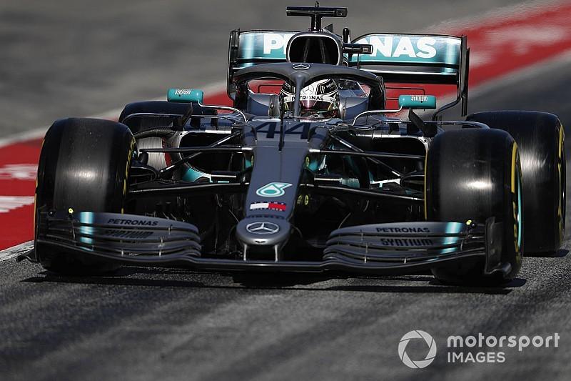 Vettel, sorprendido por el torrente de actualizaciones de Mercedes