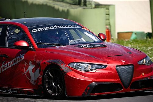 Michela Cerruti torna al volante sulla Alfa Giulia ETCR