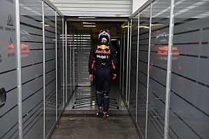 «Иногда хотелось куда-нибудь уйти и спрятаться». Риккардо о сложном последнем сезоне с Red Bull
