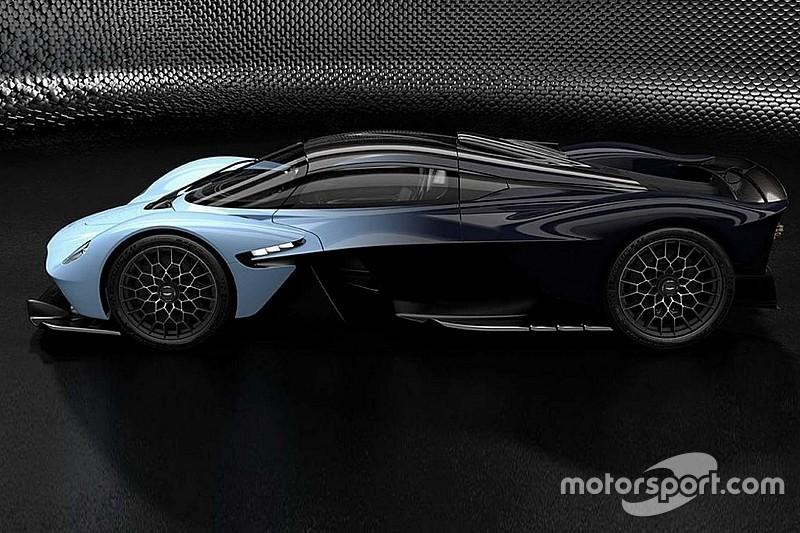 Aston Martin Valkyrie «засвітився» на нових офіційних зображеннях