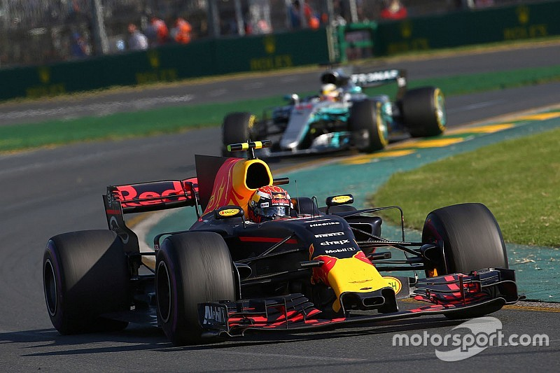 【F1】フェルスタッペン、レッドブルのレースペースに驚く