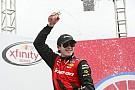 NASCAR XFINITY Blaney supera Harvick e Dillon em Charlotte pela Xfinity