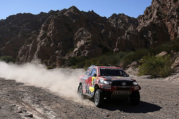 Dakar Peugeot impossible to beat even with clean run – de Villiers