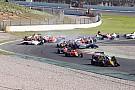 Formula Renault На старте Формулы Renault 2.0 в аварию попали 12 машин: видео