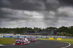 Supercars Race report Pukekohe Supercars: Van Gisbergen wins as Coulthard rolls