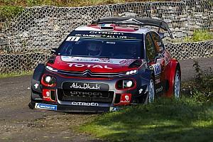 WRC Nieuws Loeb rijdt voor spek en bonen in Corsica na vroege crash