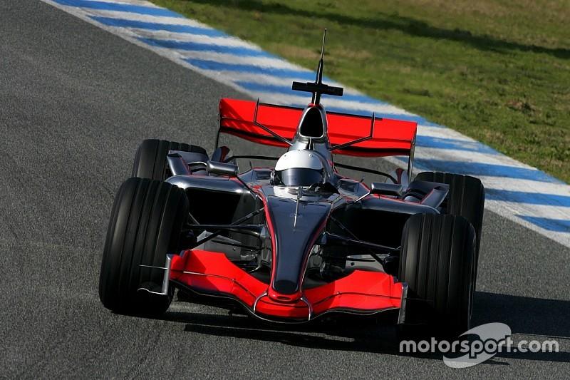 Цей день в історії: дебют Алонсо за кермом McLaren