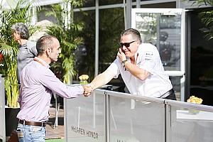 Формула 1 Новость «Добро пожаловать в семью». Твиттер Renault поприветствовал McLaren