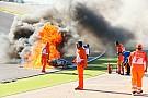 FOTO: Insiden terbakarnya motor Tom Sykes