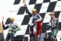 Moto3 - Austria: 'Superman' Arenas se lleva una carrera de locos con Masià, 2º