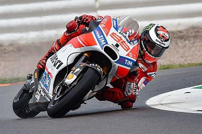 MotoGP Lorenzo, che flop: è tra i peggiori al primo anno in Ducati