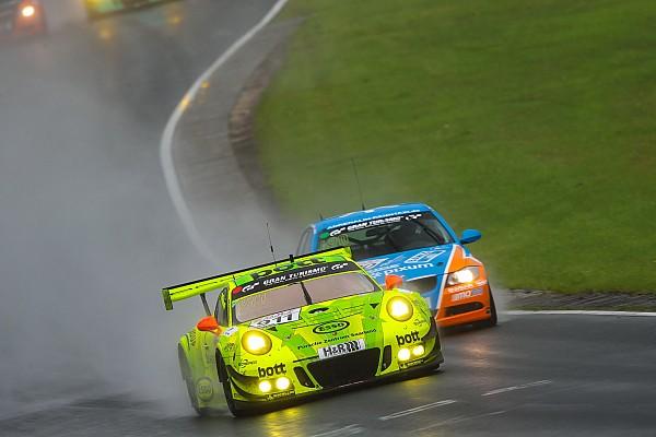VLN Rennbericht VLN 2017: Manthey-Porsche gewinnt 6h-Rennen auf der Nordschleife