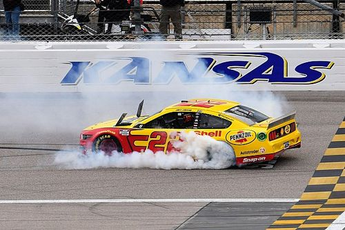 NASCAR: Kansas-Sieg bringt Joey Logano den Finaleinzug