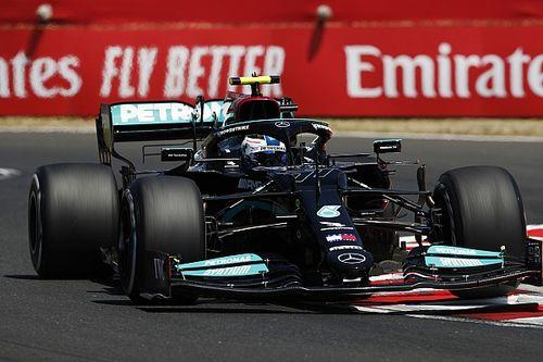 Bottas vezetésével Mercedes 1-2 a második szabadedzésen, Verstappen elégedetlen a Red Bull-lal
